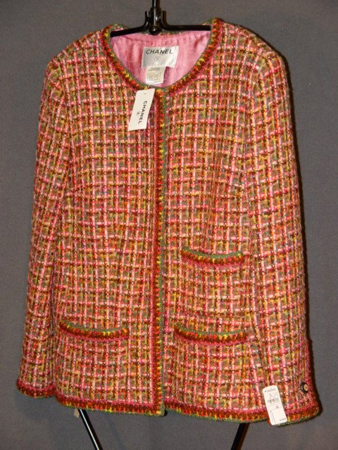 666: NEW CHANEL JACKET: WOVEN MULTI-COLORED WOOL BLEND