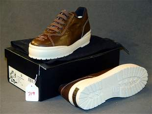 NEW CHANEL SHOES: BROWN LEATHER SNEAKERS WITH WHIT