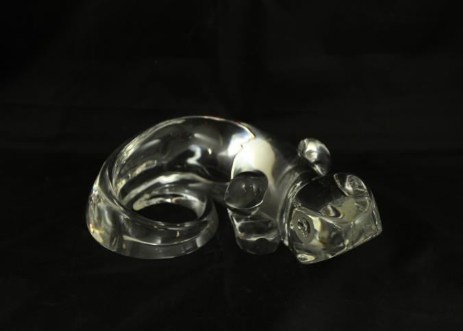 Steuben glass salamander with curled tailed