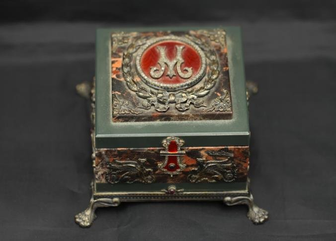 Alexeievich Afanasiev Faberge box with diamonds