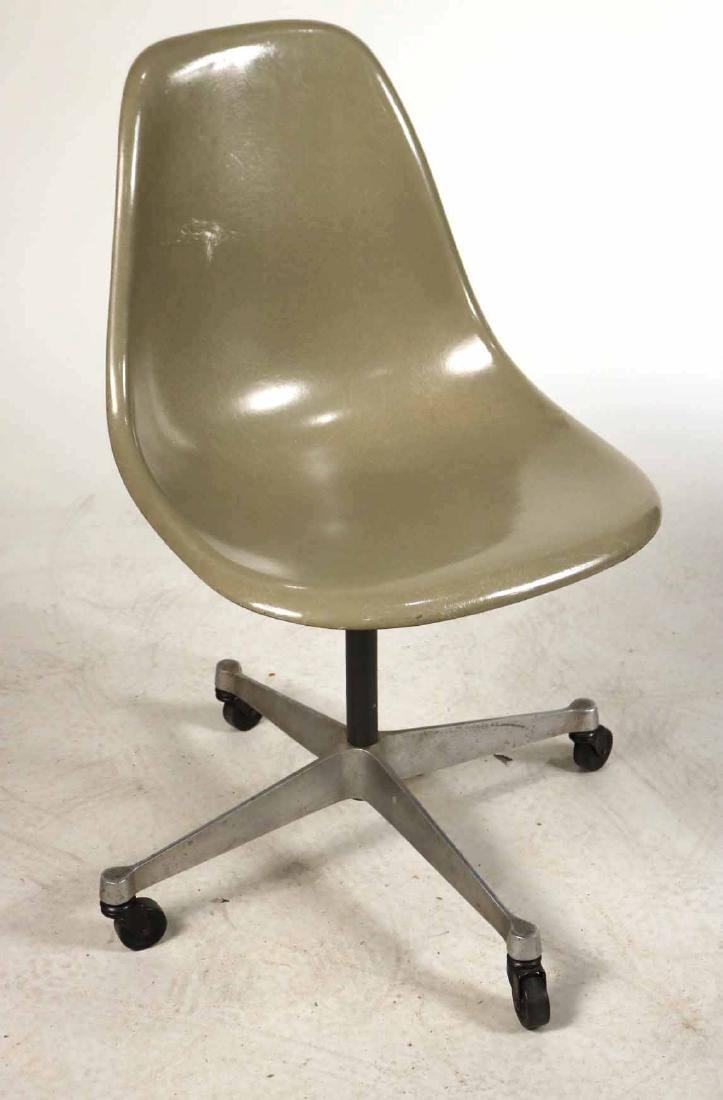 Two Herman Miller Eames Office Shell Chairs - 7