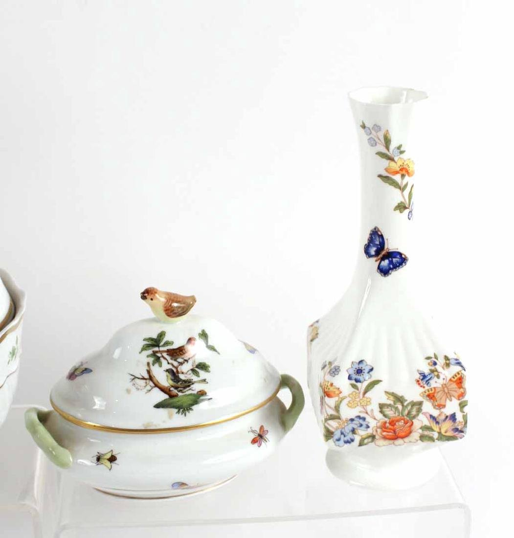 Two Herend Porcelain Articles - 6