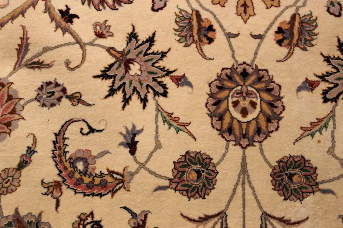 Sarouk Style Carpet - 5