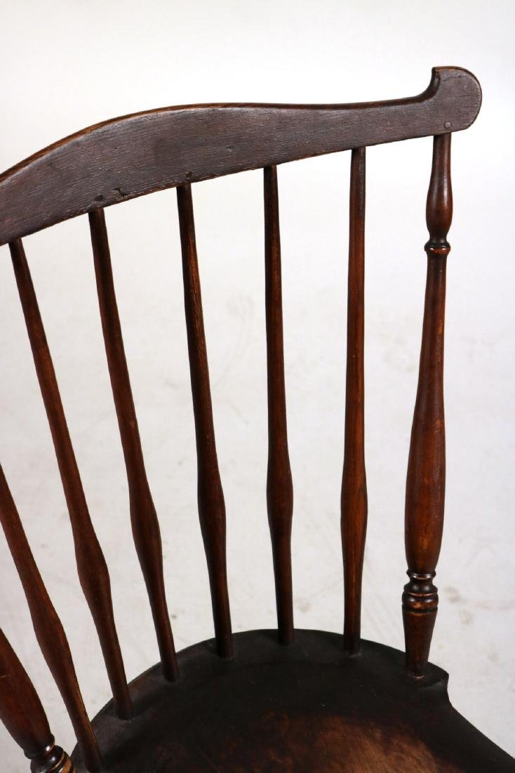 Pair of Fan-Back Windsor Side Chairs - 4