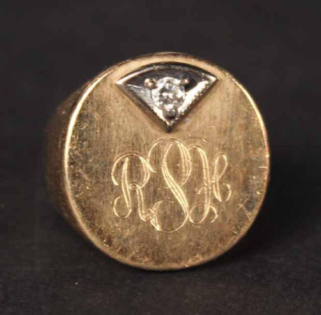 Unmarked Yellow Gold Signet Ring