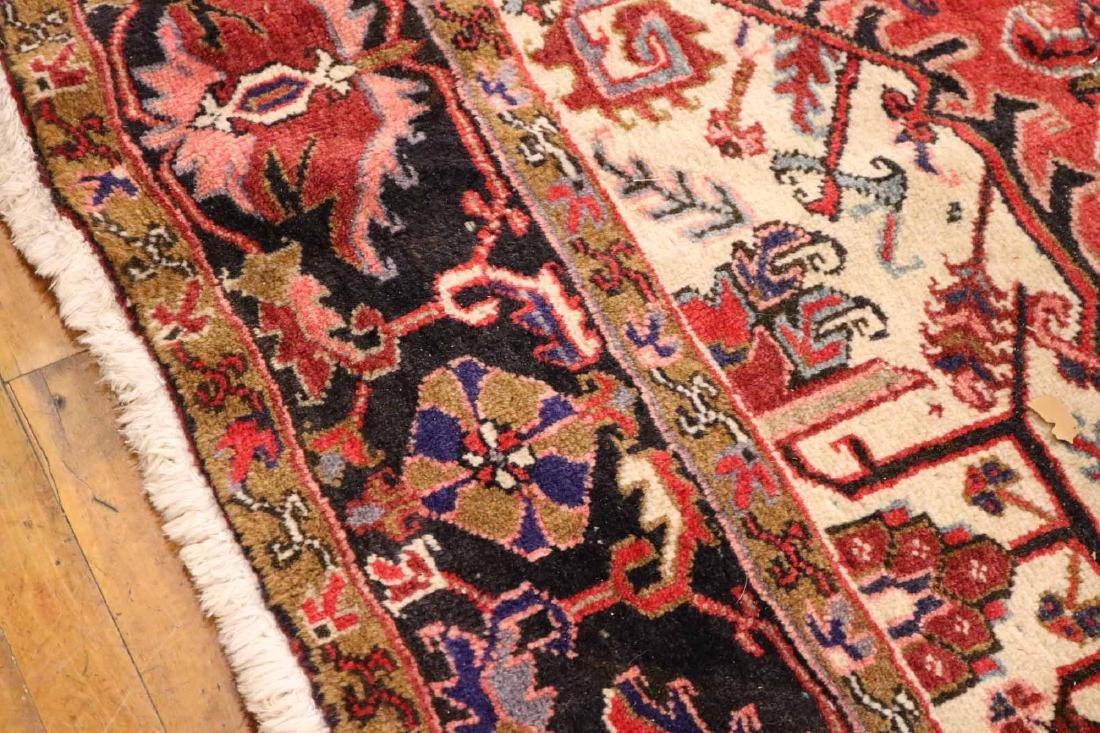 Heriz Carpet - 6