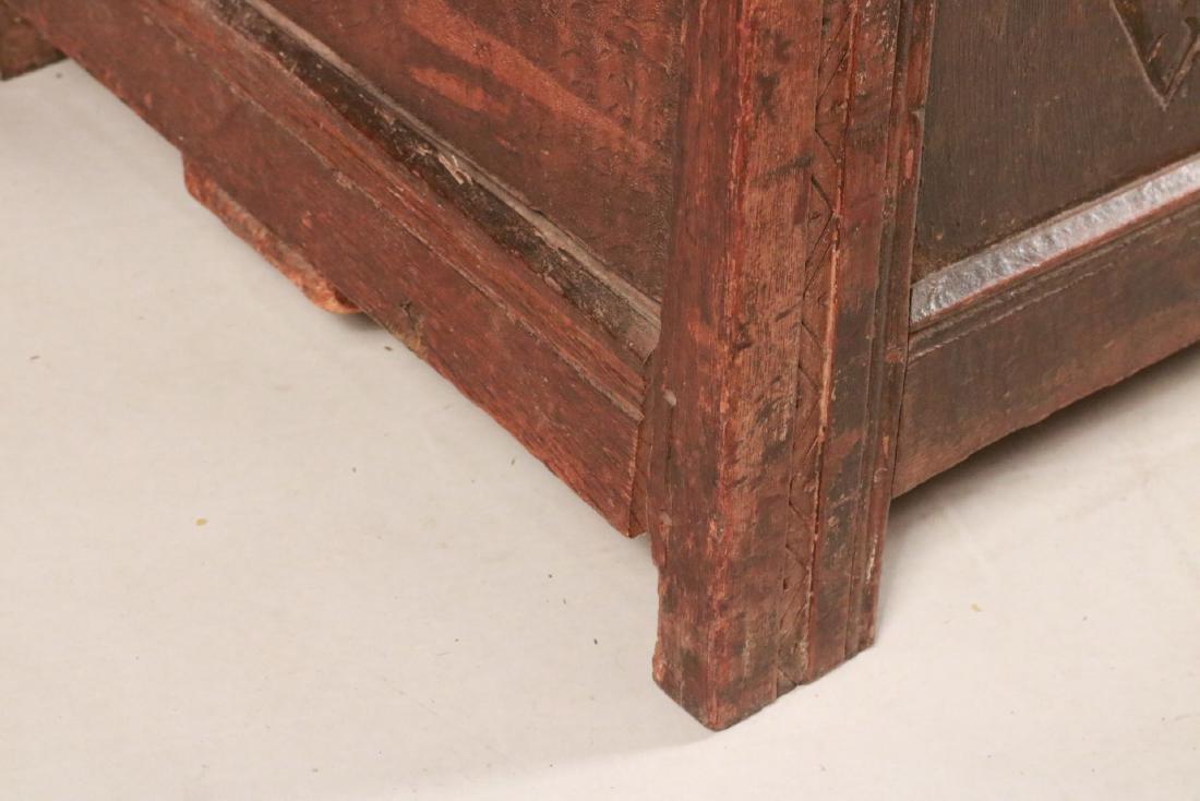 Elizabethan Carved Oak Coffer - 3