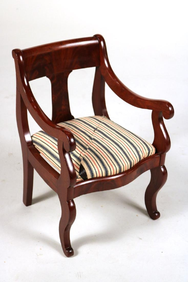 Hepplewhite Cedar Child's Rocker - 7