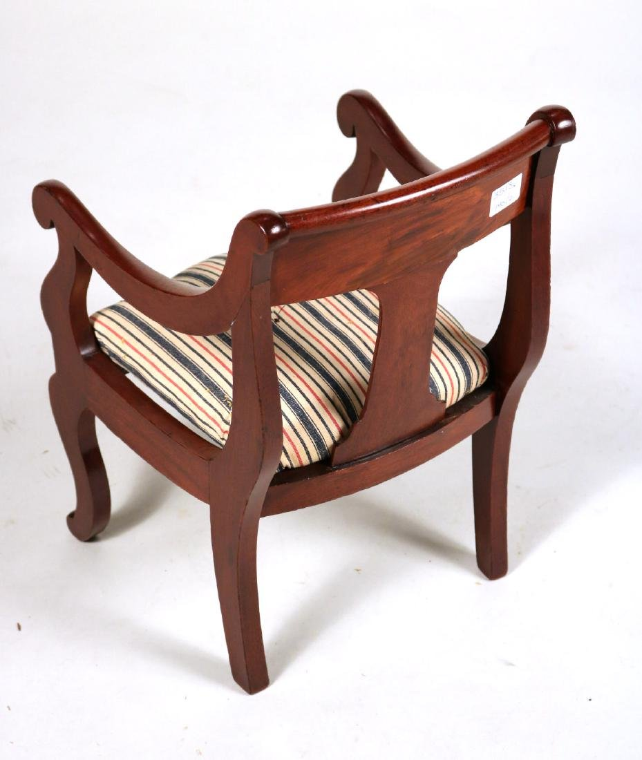 Hepplewhite Cedar Child's Rocker - 9