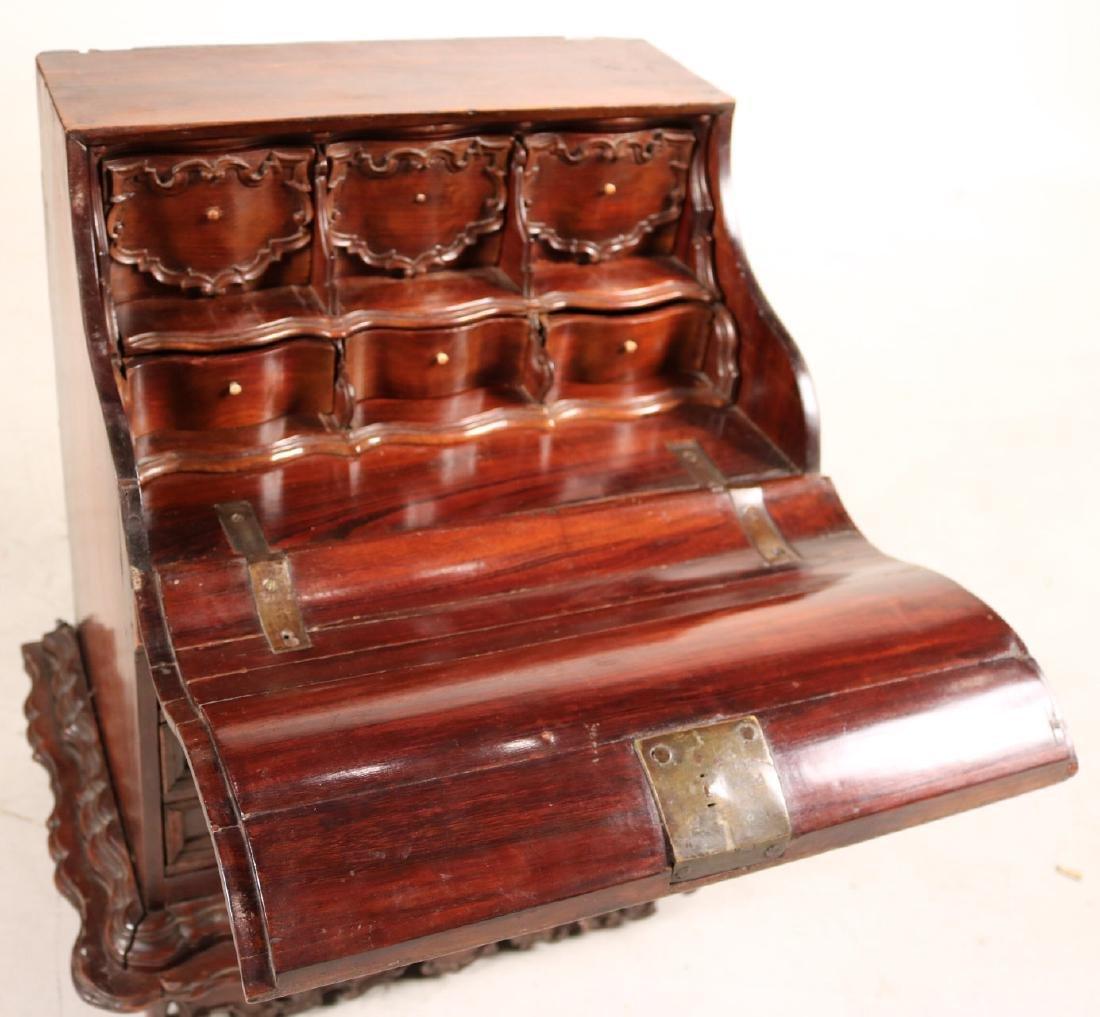 Queen Anne Child's Slant Front Desk - 6