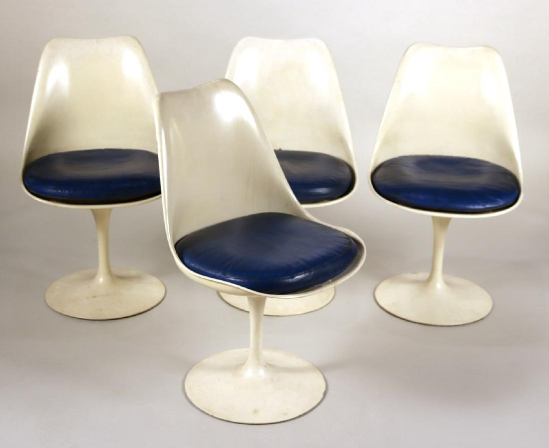 Four Eero Saarinen for Knoll Tulip Chairs
