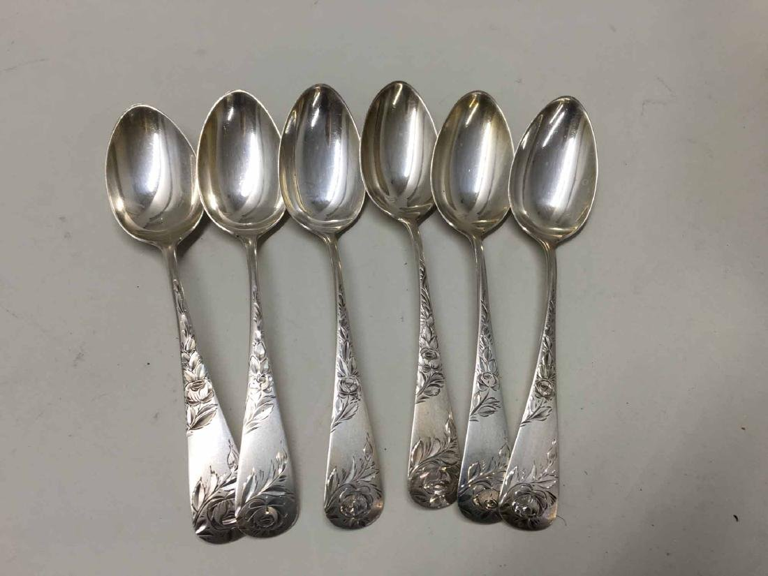 SET OF STERLING SILVER SPOONS