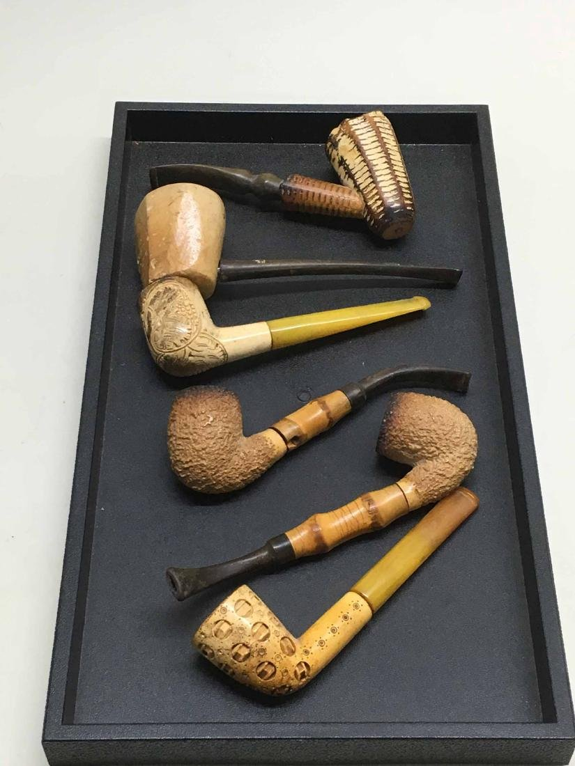GROUP OF SIX ASSORTED SMOKING PIPES
