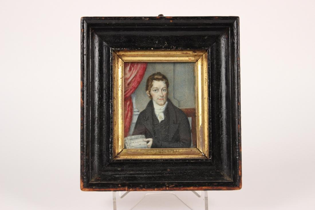 MINIATURE PORTRAIT OF GENTLEMEN IN BLACK COAT