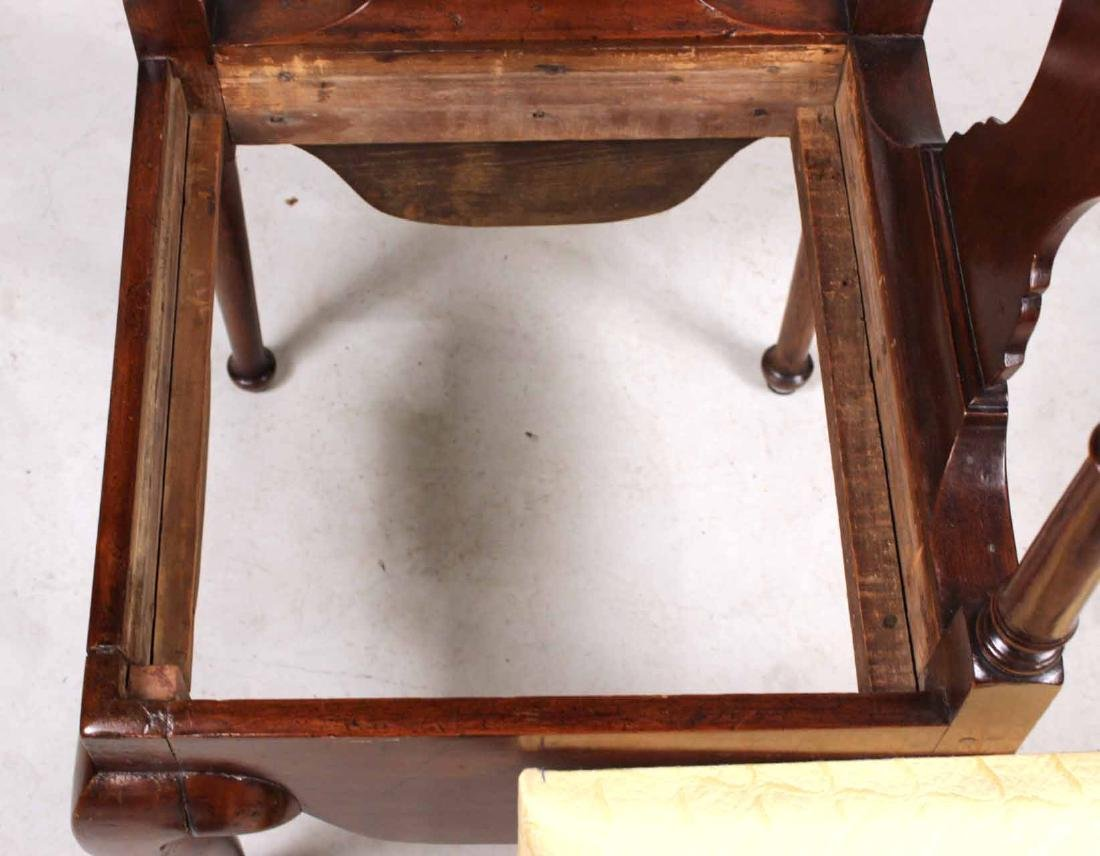 Queen Anne Mahogany Corner Commode Chair - 10