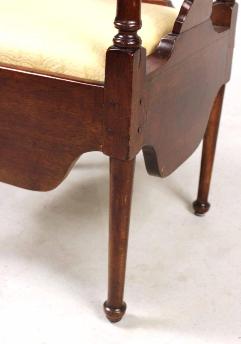 Queen Anne Mahogany Corner Commode Chair - 7