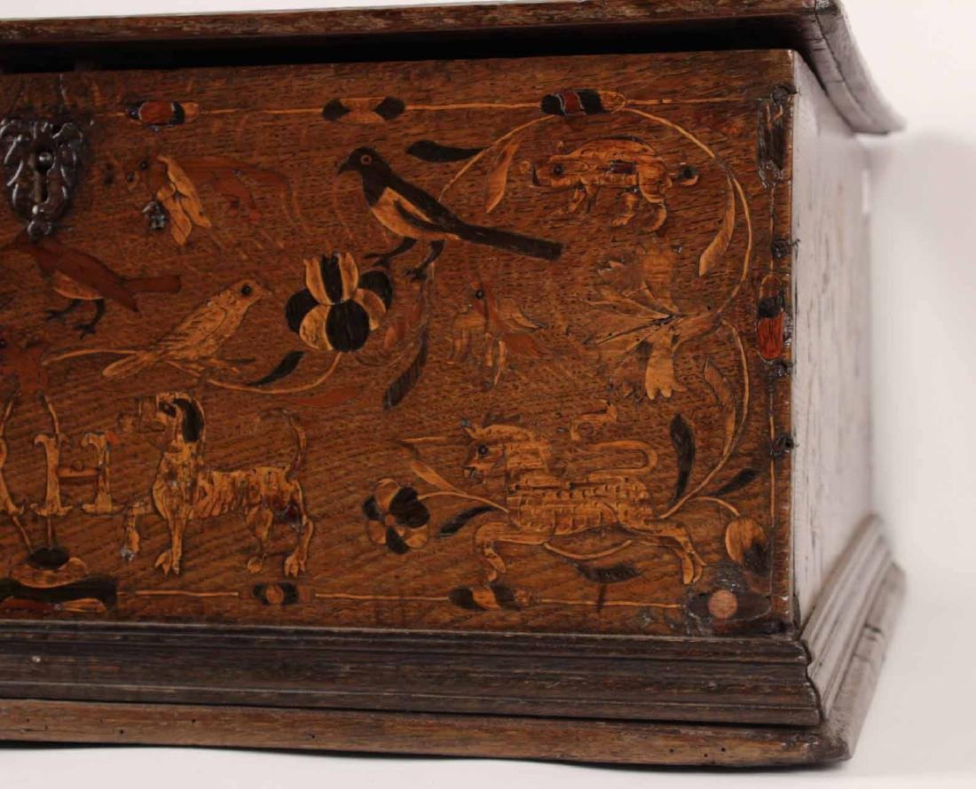 William and Mary Marquetry Oak Box - 4