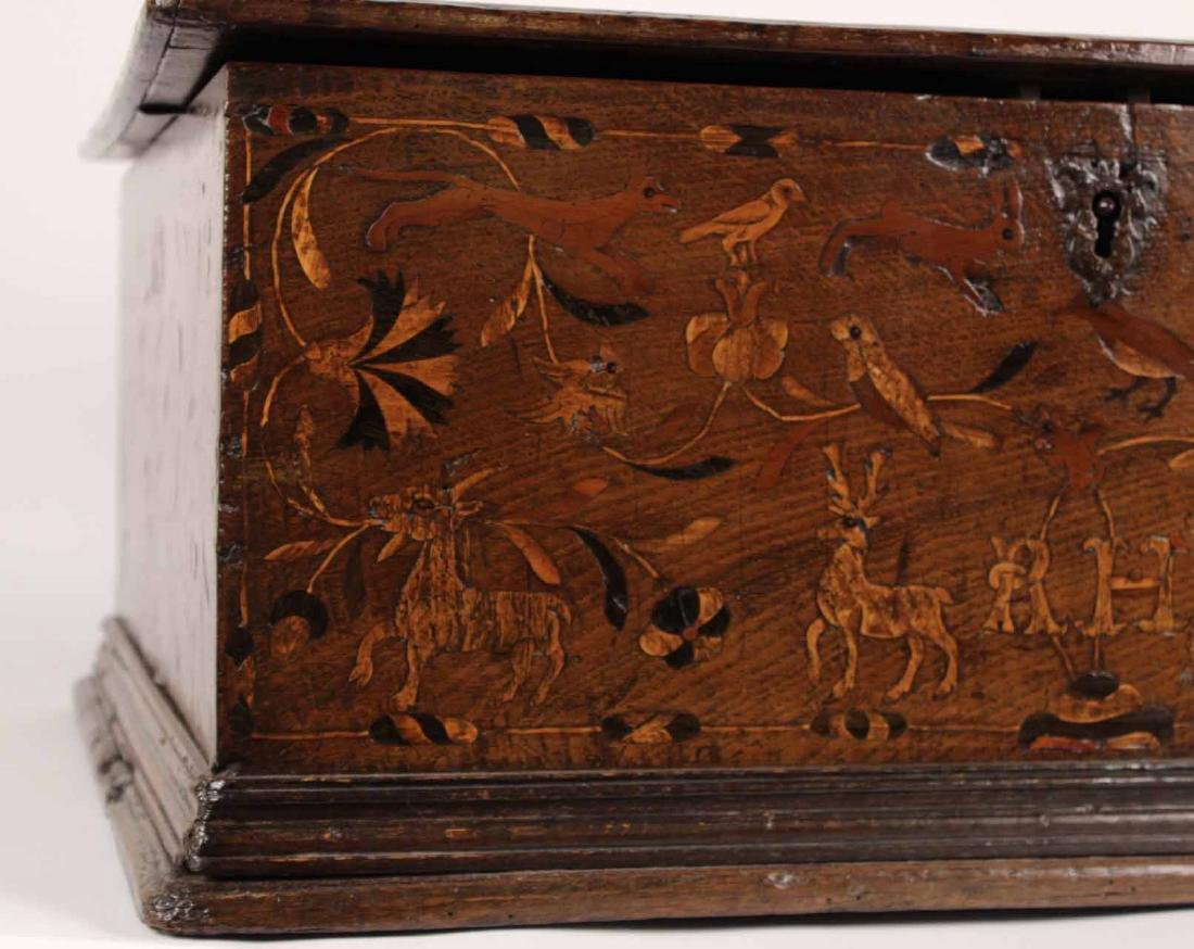 William and Mary Marquetry Oak Box - 5