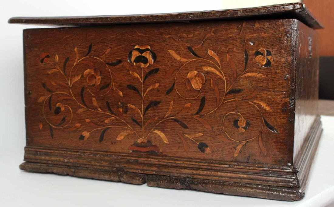 William and Mary Marquetry Oak Box - 6