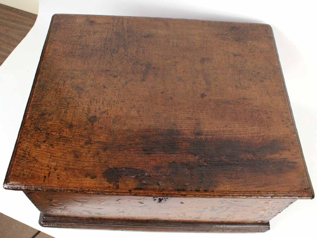 William and Mary Marquetry Oak Box - 7