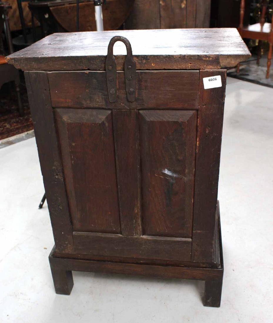 William and Mary Style Oak Hanging Cupboard - 5