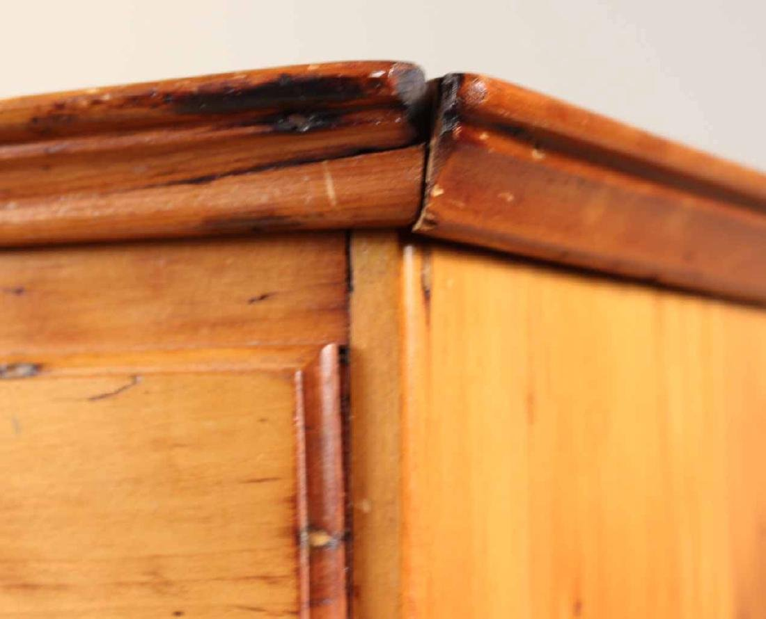 Queen Anne Pine Blanket Chest Over Drawers - 6