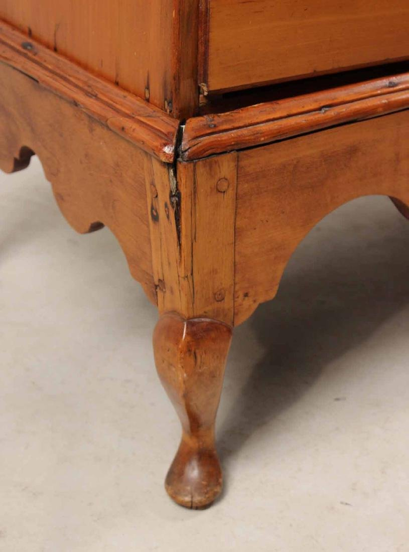 Queen Anne Pine Blanket Chest Over Drawers - 8