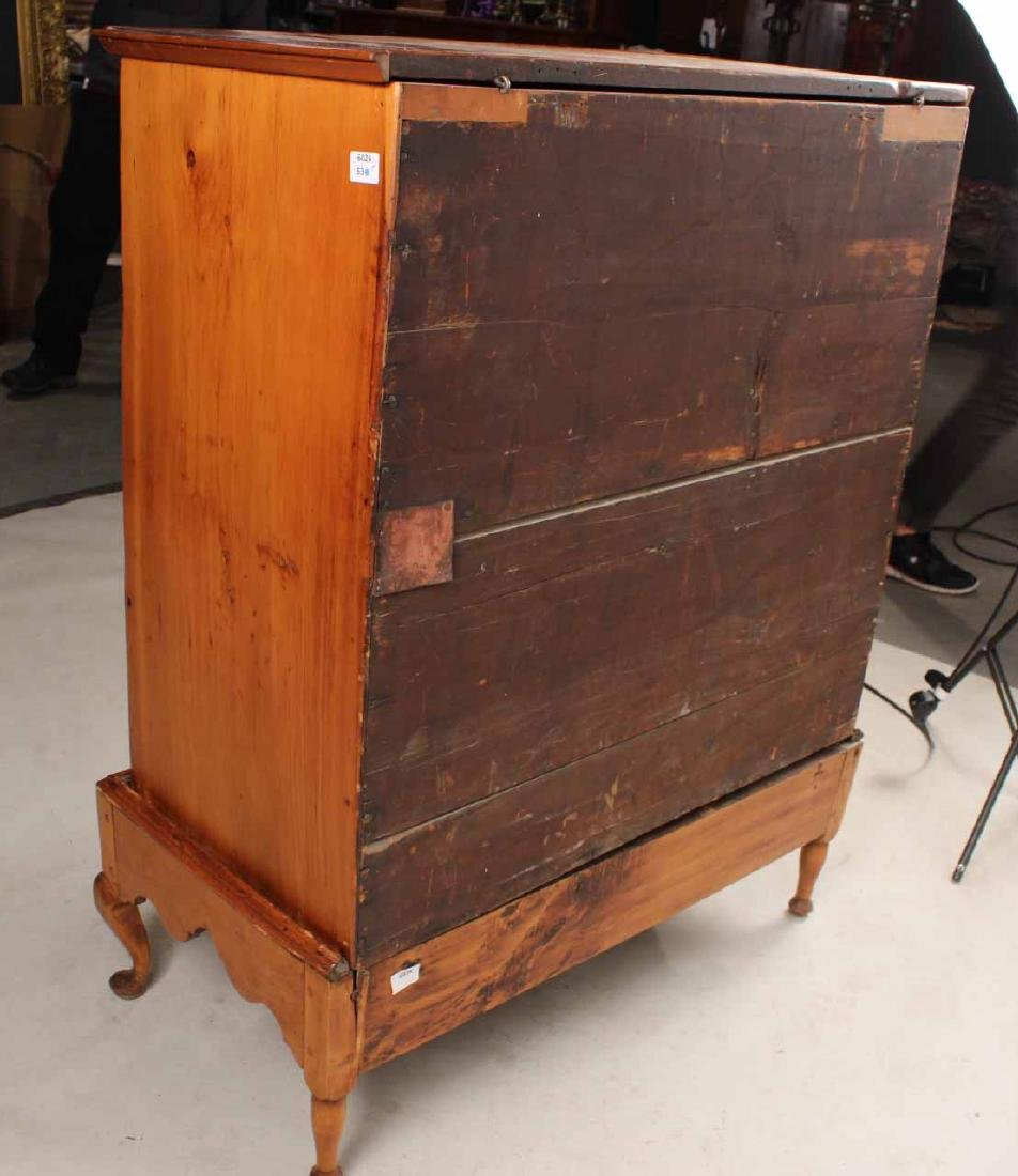 Queen Anne Pine Blanket Chest Over Drawers - 9