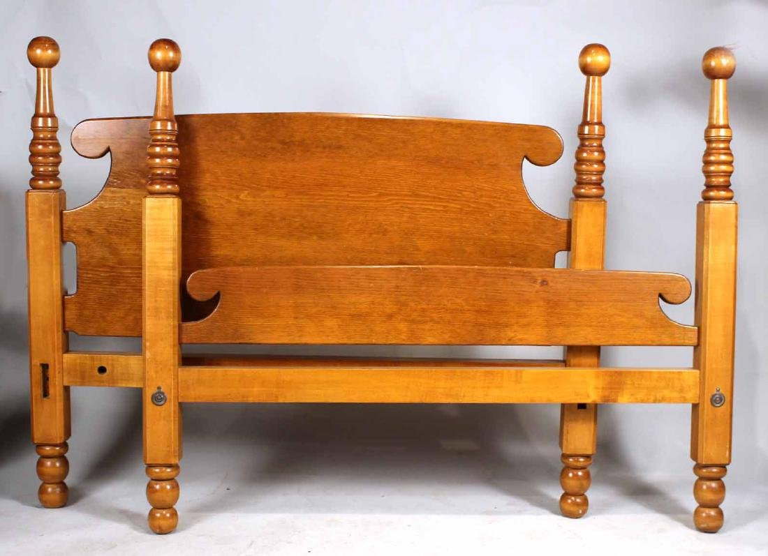 Federal Style Mahogany Cannonball Bedstead