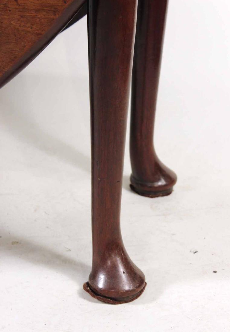 George I Walnut Drop-Leaf Dining Table - 2
