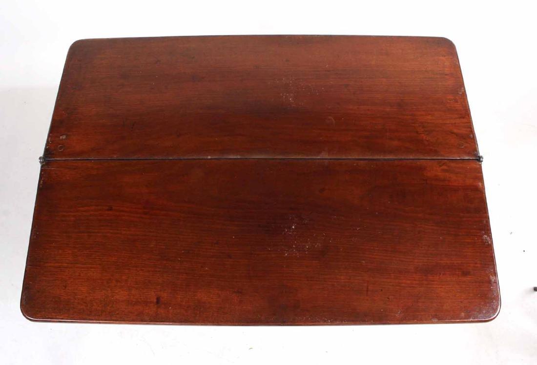 George III Mahogany Kneehole Dressing Table - 7