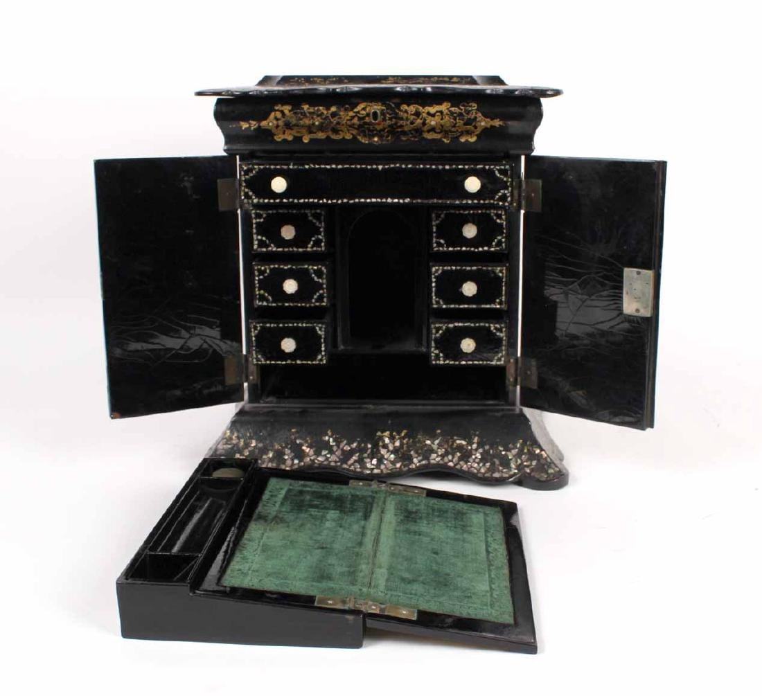 Victorian Mother of Pearl &Paper Mache Sewing Box - 6