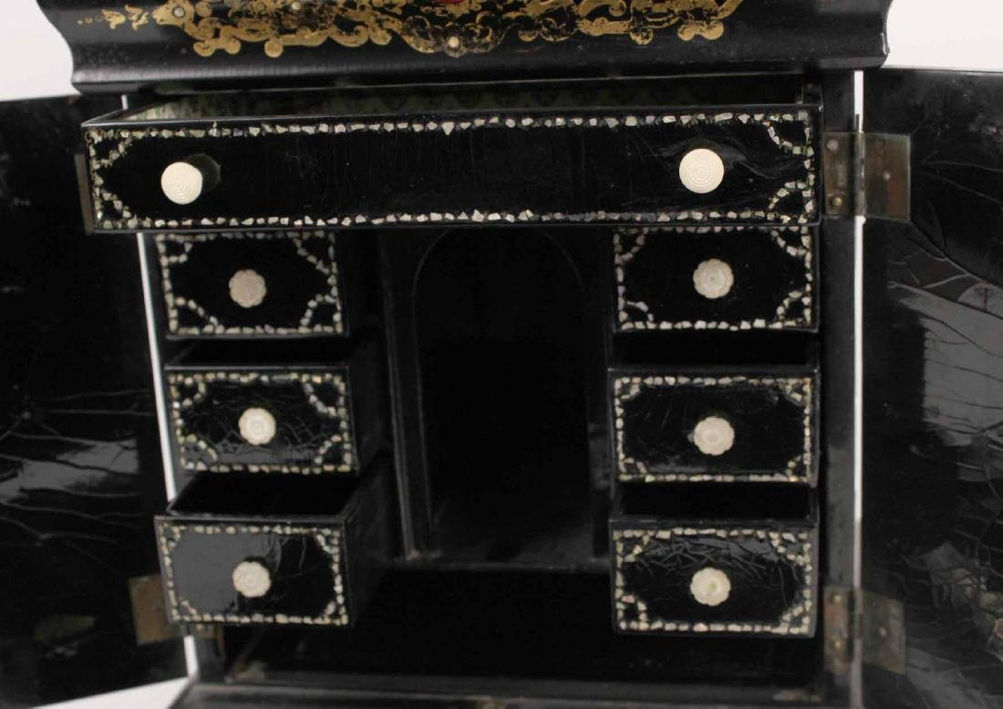 Victorian Mother of Pearl &Paper Mache Sewing Box - 7