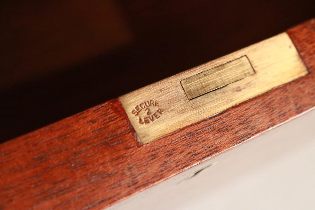 Federal Style Stone-Inset Mahogany Writing Desk - 8