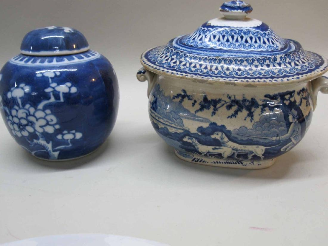 BLUE AND WHITE TRANFERWARE SUGAR BOWL - 2