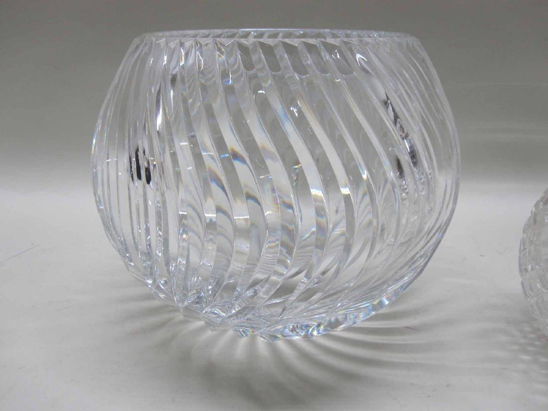 LARGE GLASS CENTERBOWL - 2