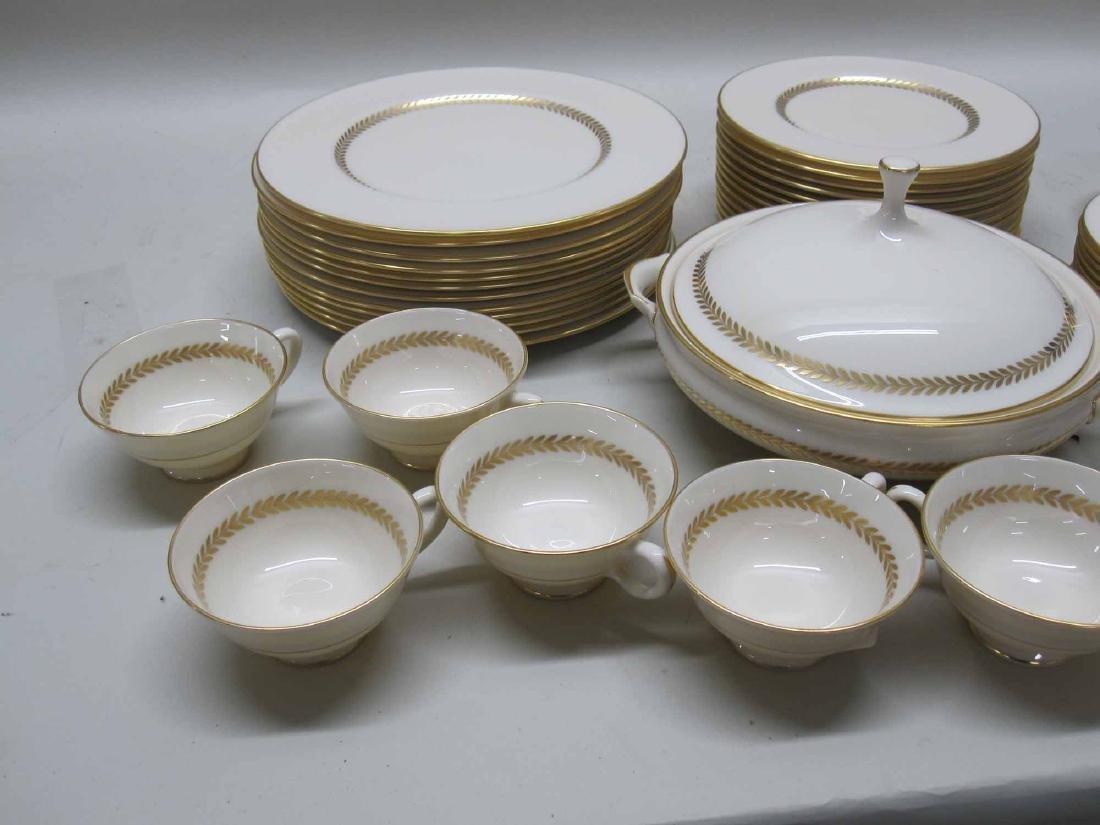 LENOX PORCELAIN IMPERIAL DINNER SERVICE - 10