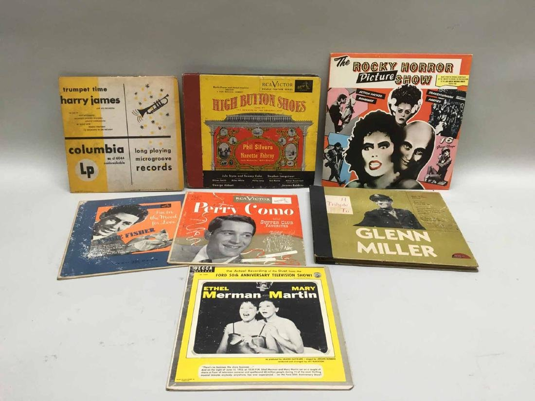 LARGE COLLECTION OF ASSORTED RECORDS