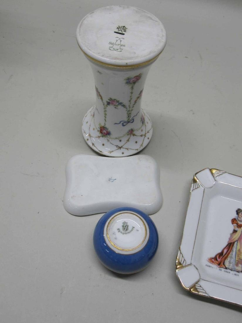 GROUP OF ASSORTED PORCELAIN TABLE ARTICLES - 4