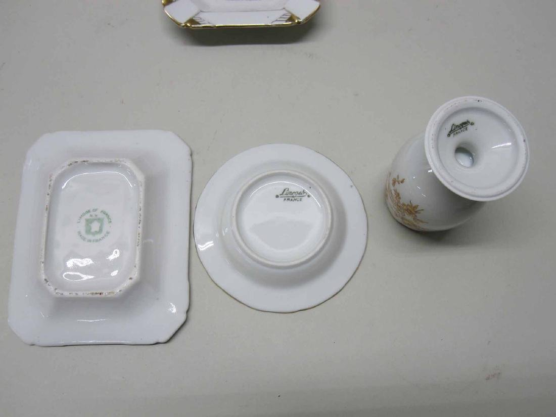 GROUP OF ASSORTED PORCELAIN TABLE ARTICLES - 5
