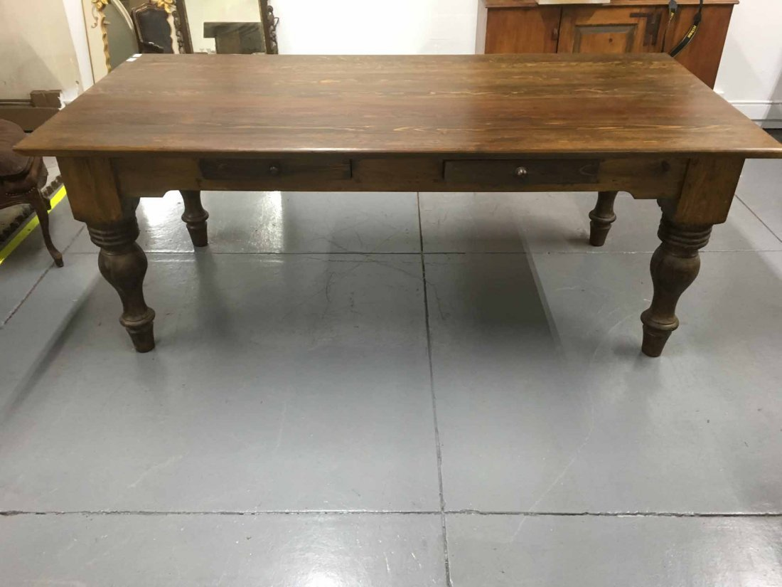 LARGE PINE FARM TABLE WITH TURNED LEGS