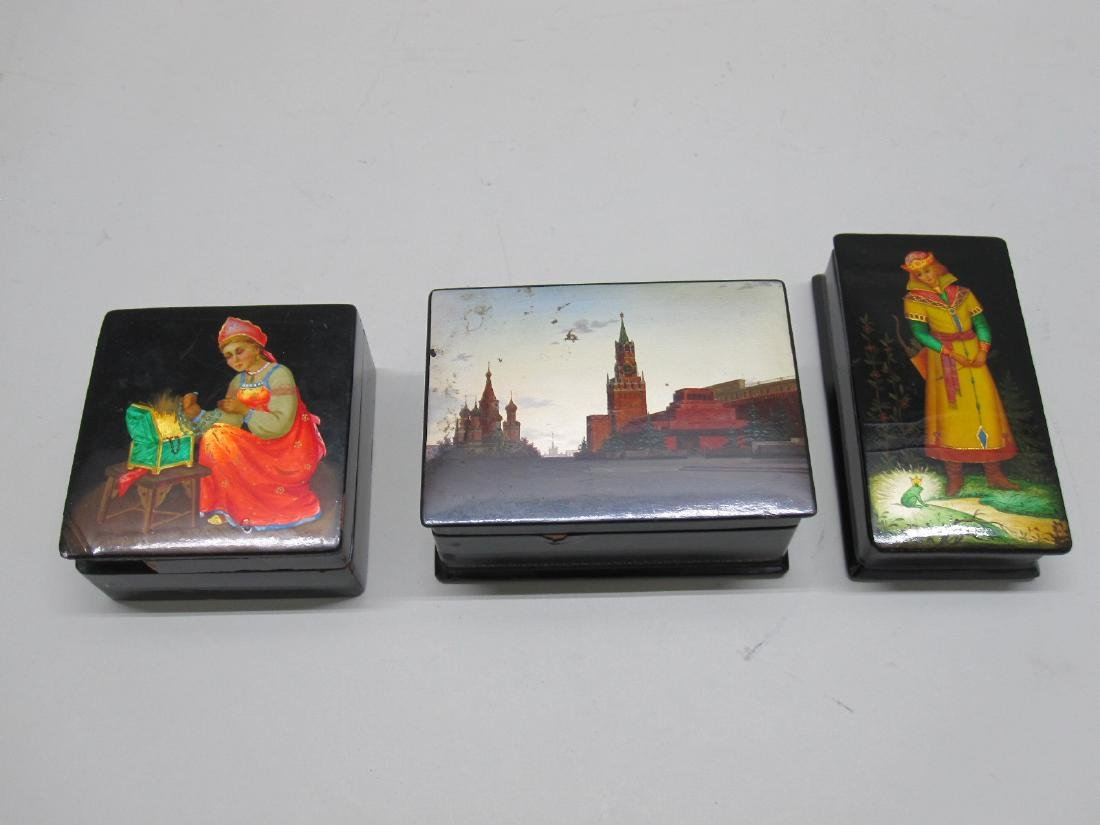 THREE ASSORTED RUSSIAN LACQUERED BOXES