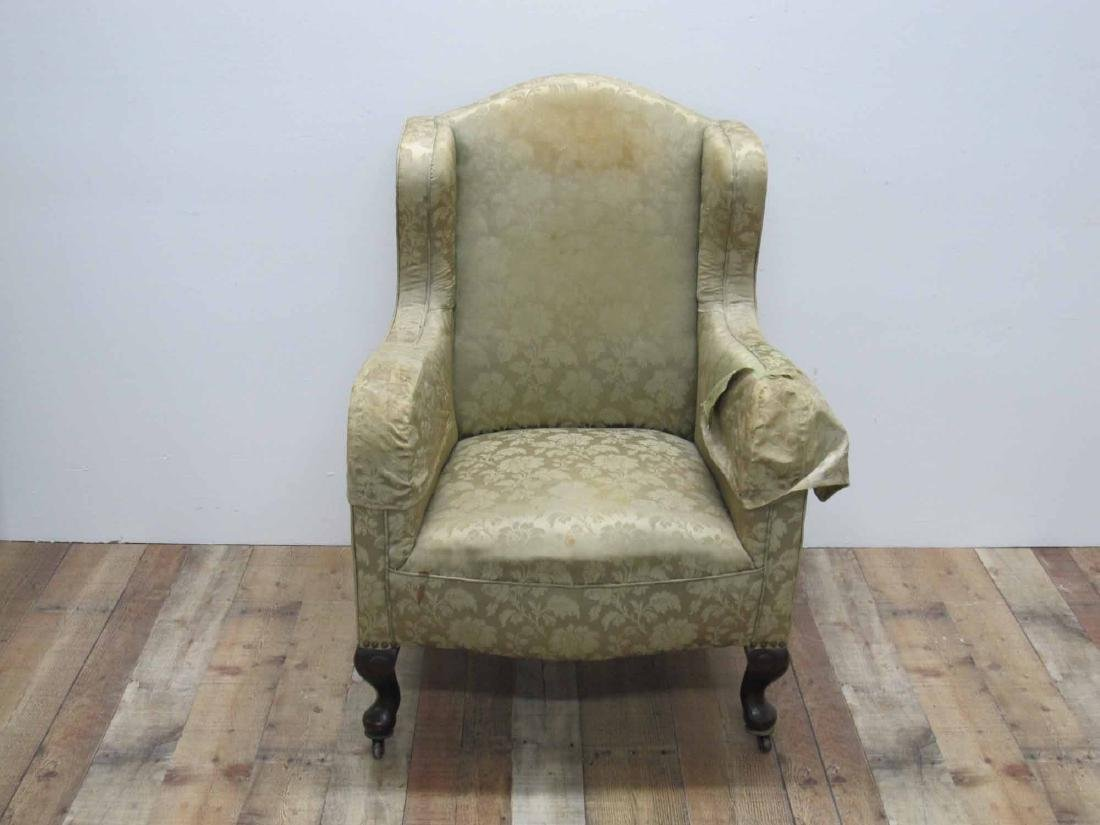 VICTORIAN LADIES UPHOLSTERED RESTING CHAIR