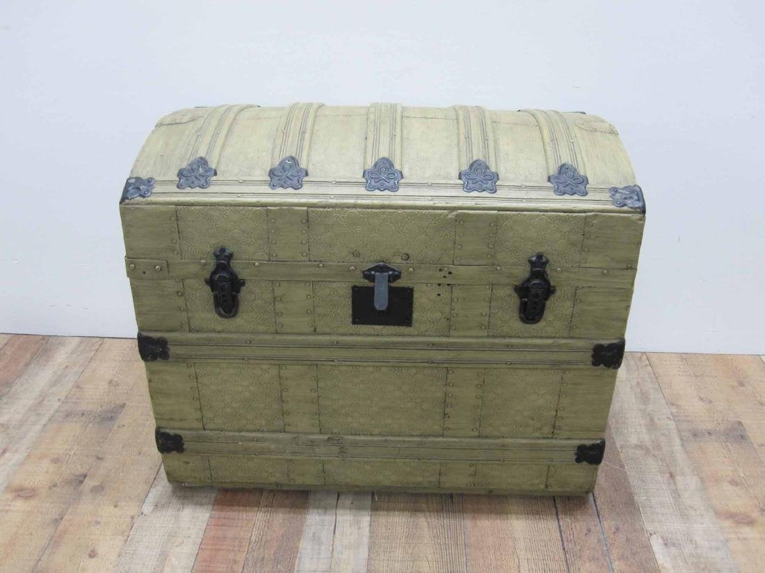 PAINTED DOME TOP TRUNK