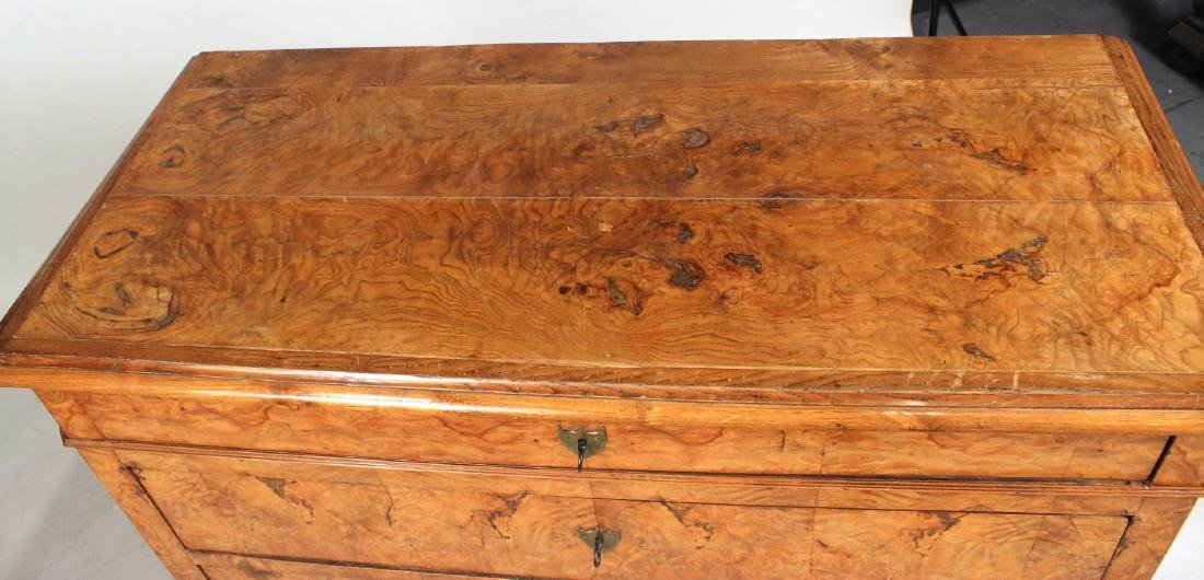 Biedermeier Figured Walnut Chest of Drawers - 3