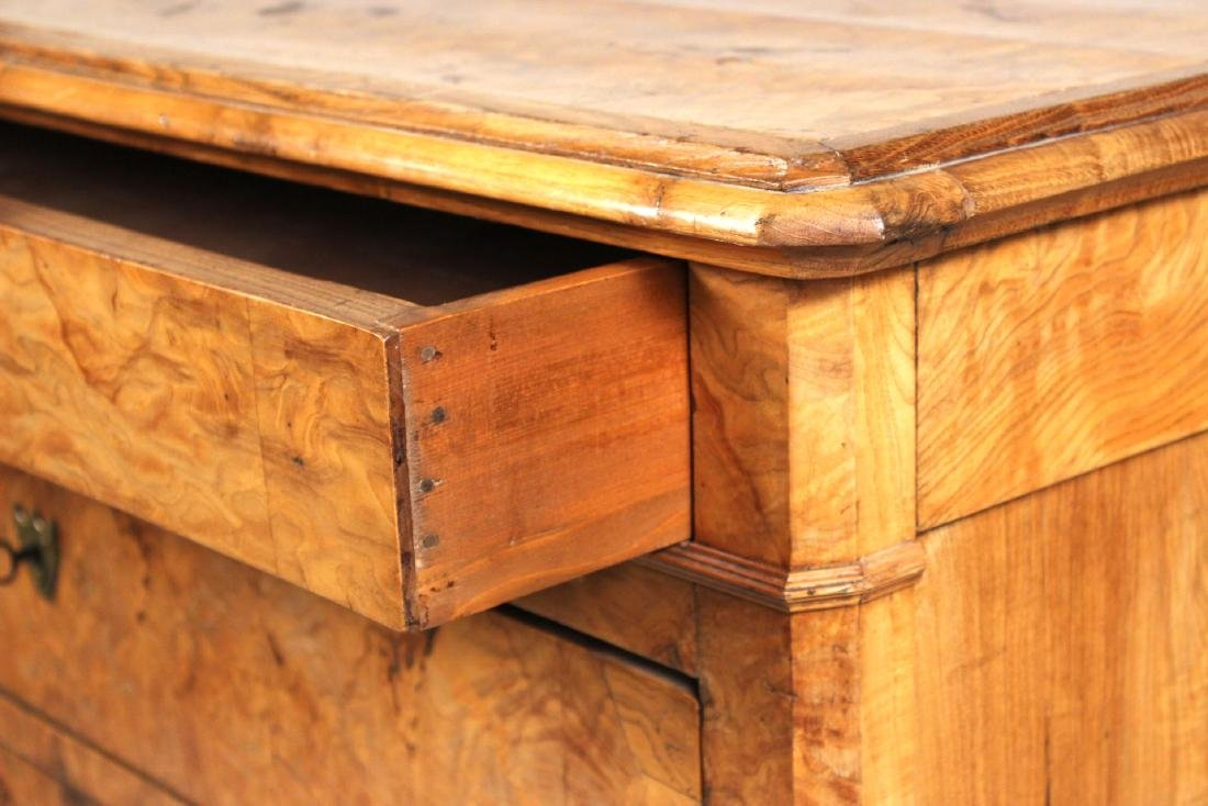 Biedermeier Figured Walnut Chest of Drawers - 5