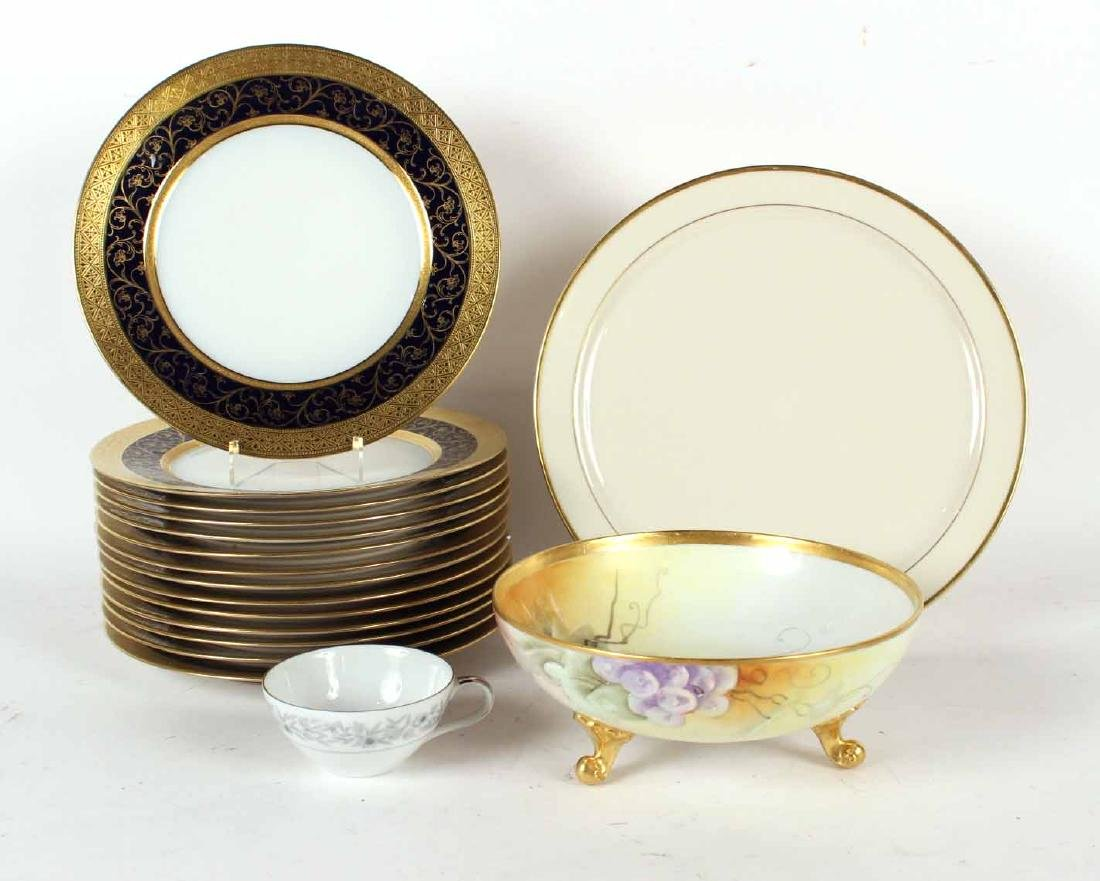 Fourteen Limoges Cobalt-and-Gilt Porcelain Plates