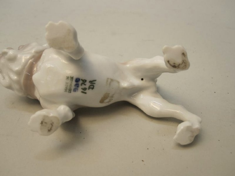 DANISH PORCELAIN BULLDOG - 3