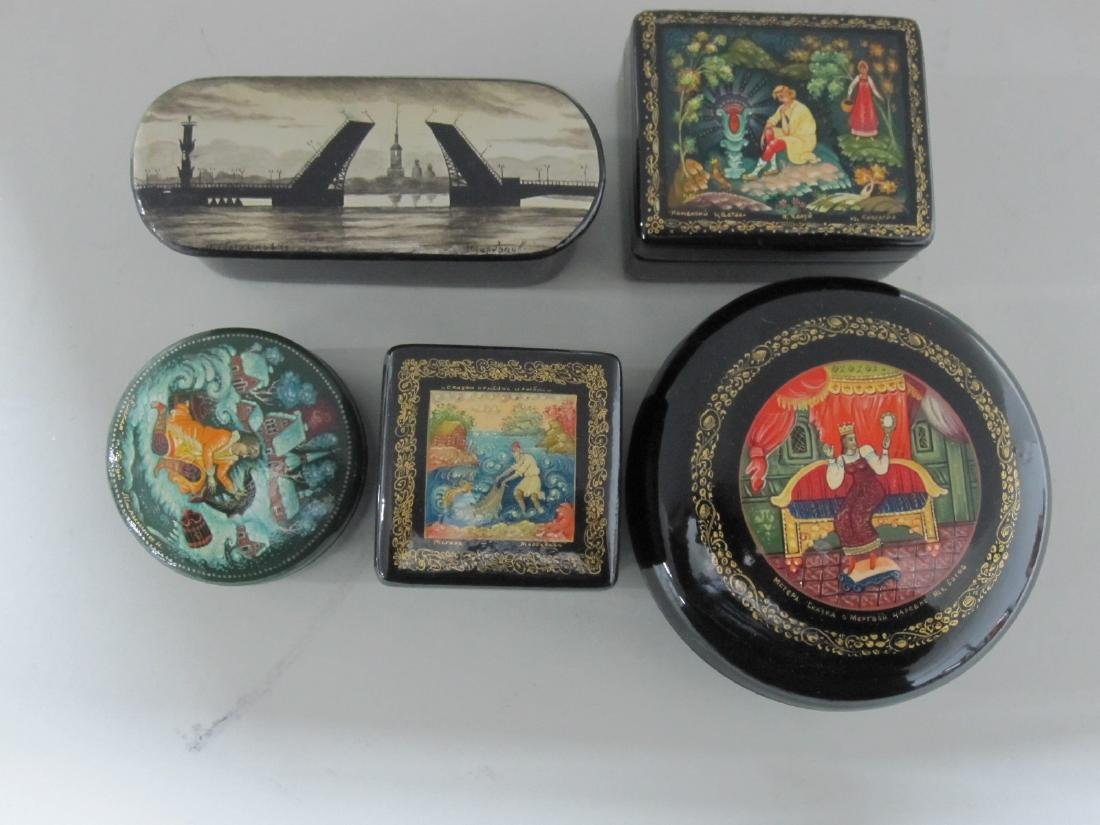 FIVE ASSORTED RUSSIAN LACQUERED BOXES