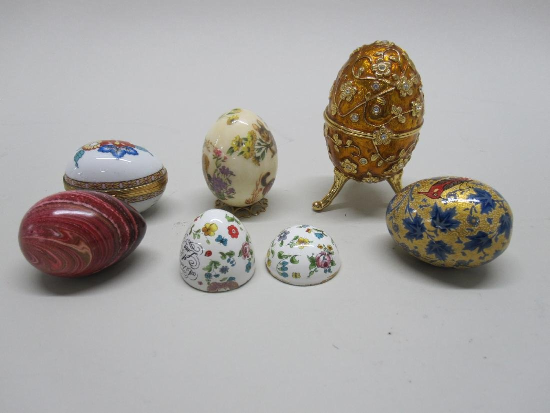 GROUP OF SIX ASSORTED EGGS